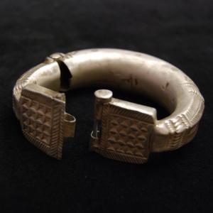 Gros Bracelet II